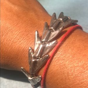 UNO de50 fishbone bracelet